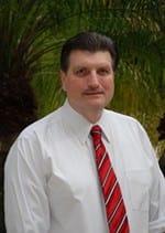 Dr Cesar Benarroche